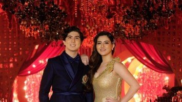 Cassy and Mavy Legaspi throw grand 18th birthday bash