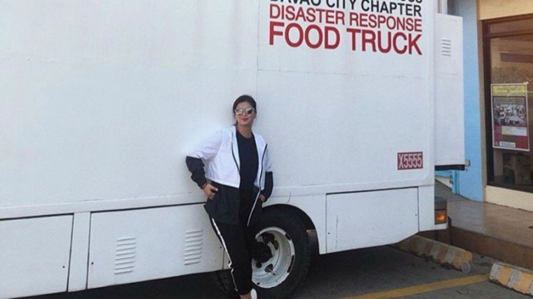 Angel Locsin bought and distributed relief goods to the Mindanao quake victims. She also posted an interview with a victim to ask help to her online followers.