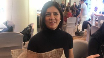 Alice Dixson clarifies 80s urban legend about her and local mall's 'snake man'