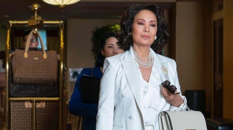 Gloria Diaz is INSATIABLE! Her guest-starring role in the second season of the black comedy-drama has had everyone's jaws dropping! Find out more by scrolling down below!