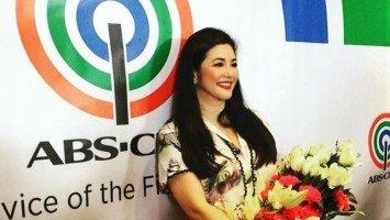 Regine, sinorpresa ng big Kapamilya stars