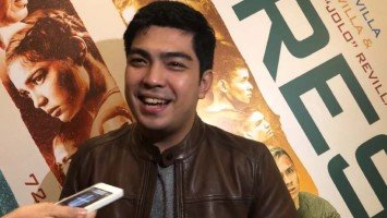 Jolo, gagawa ng movie with his ex-gf Lovi Poe next year