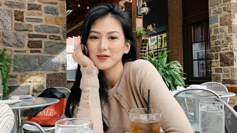 Alex Gonzaga sounds off on netizens who accuse her of not helping the Taal victims!