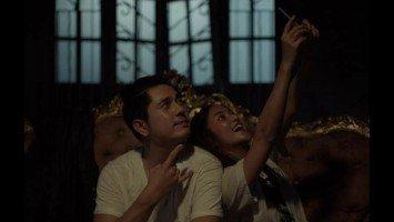 "Jadaone-helmed ""Fan Girl"" starring Charlie Dizon and Paulo Avelino wins big at 2020 MMFF Awards"