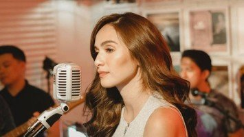 LOOK: Jennylyn Mercado launches her own Youtube channel, turns one room at home into a studio