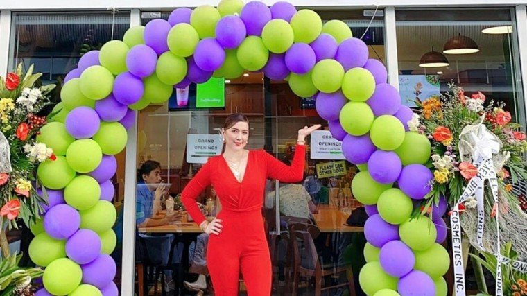 Ara Mina has opened up the fourth branch of her Hazelberry café. What an achievement!