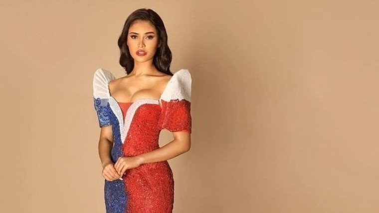 Rabiya Mateo looks stunning in her gown inspired by the Philippine flag!