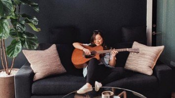 Moira Dela Torre tells the beautiful story behind her new guitar